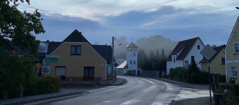 Feurwehrturm im Nebel_crop